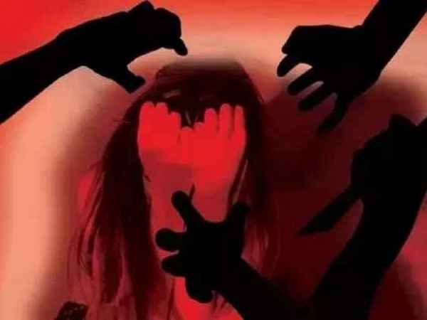 raped , pregnant woman , police , rape , hospital , gang rape , കൂട്ടമാനഭംഗം , ഗർഭിണി , പീഡനം , യുവതി , ആശുപത്രി