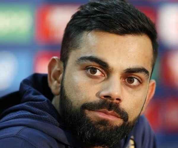 Sachin Tendulkar , Virat Kohli , ICC Cricketer of the Year , Cricket , വിരാട് കോഹ്ലി , ക്രിക്കറ്റ് , സച്ചിന് ടെണ്ടുല്ക്കര് , ക്രിക്കറ്റര് ഓഫ് ദ ഇയര്