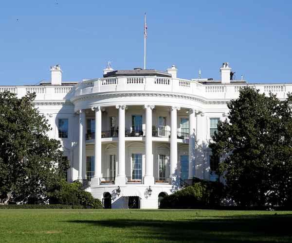 Donald Trump , Washington , Senate , Democrats , സാമ്പത്തിക പ്രതിസന്ധി , അമേരിക്ക , വാഷിംഗ്ടണ് , ഡെമോക്രാറ്റ് , സെനറ്റ്