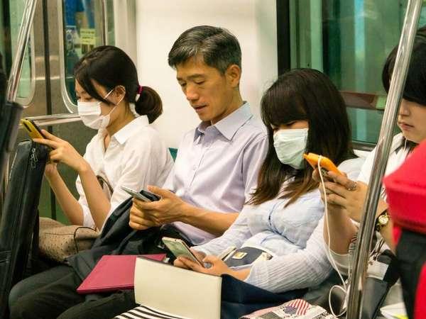 Cellphone, China, Coronavirus, Covid 19, Death, മൊബൈല് ഫോണ്, ചൈന, മരണം, കൊറോണ വൈറസ്, കോവിഡ് 19