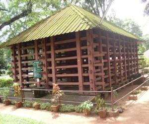 കോന്നി ആനക്കൂട്