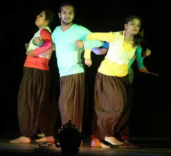 anhad marathi natak