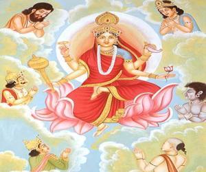 दुर्गा मातेचे वेग वेगळे रूप
