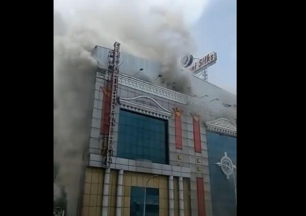 இன்னும் 3 மாதத்தில் அதே இடத்தில் சென்னை சில்க்ஸ்: நிர்வாக இயக்குனர் உறுதி