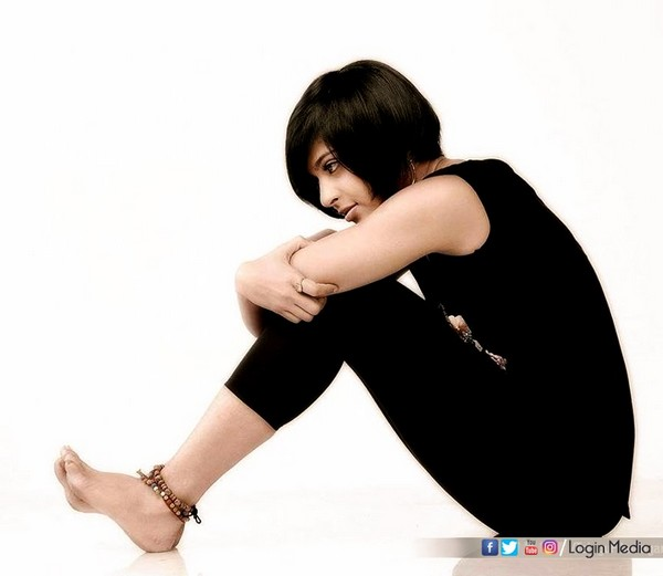 anushka new look